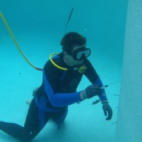 Pool Leak Detection and underwater repair